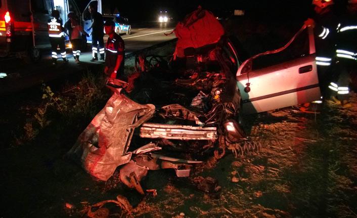 Zincirleme kaza: 2 ölü 5 yaralı
