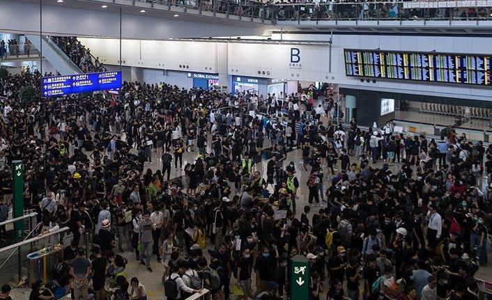 Uluslararası Havalimanı'nda uçuşlar iptal edildi