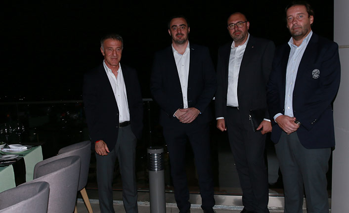 Trabzonspor'dan Prag yöneticilerine dostluk yemeği