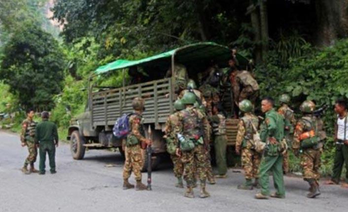 Askeri okula saldırı: 15 ölü