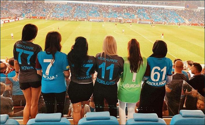 Trabzonspor'da 'yengeler' maçı yanyana izledi!