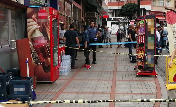 Silahlı saldırı - Eşi ve çocuğunun yanında kurşun yağdırdılar