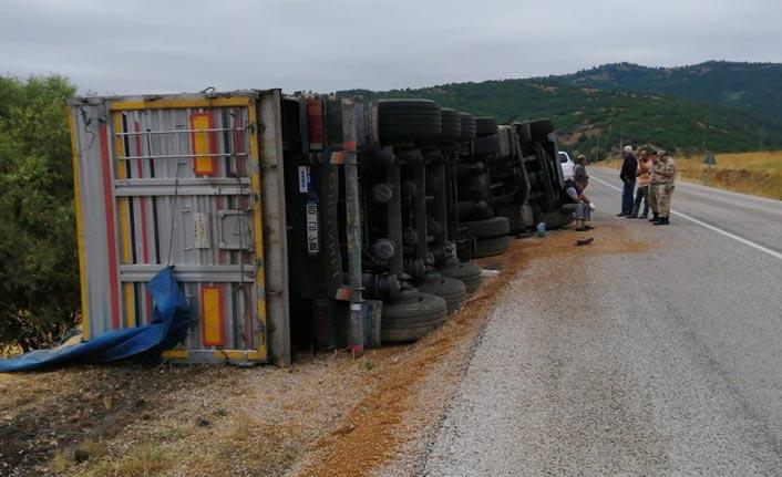 Trabzon'a gelirken kaza - Yardımlarına köylüler koştu