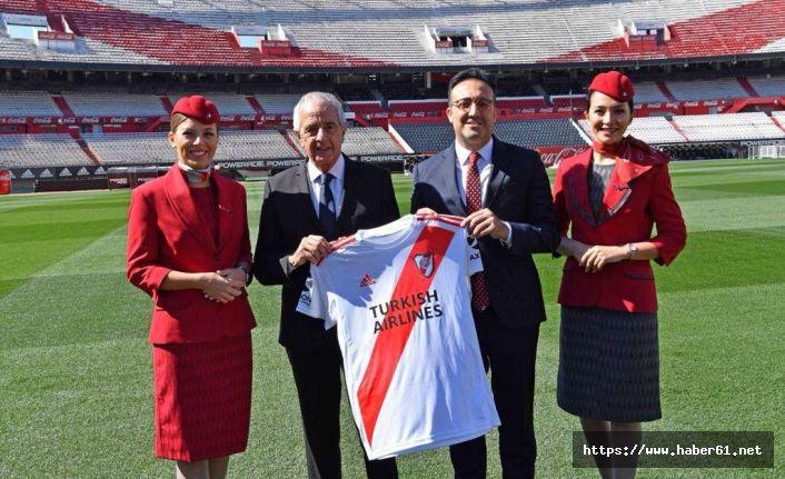 THY, River Plate sponsor oldu