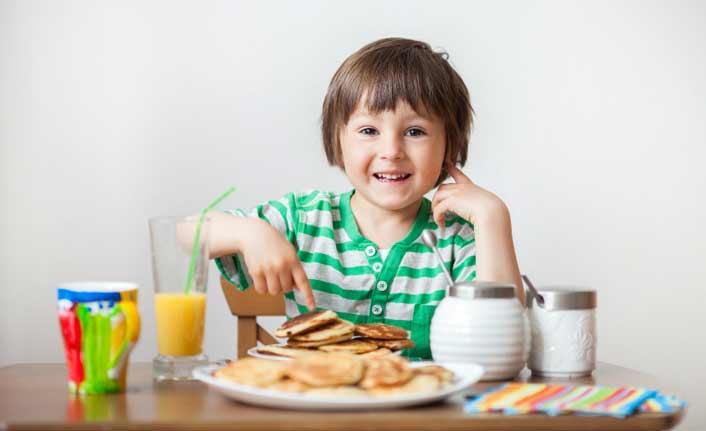 Kahvaltı yapan öğrenciler derslere daha çok katılıyor!