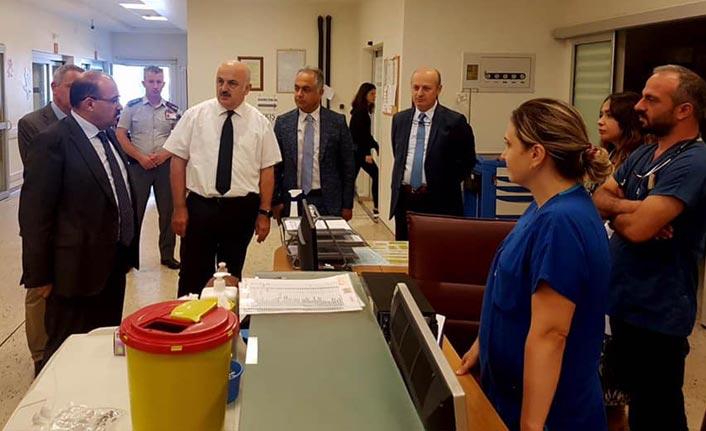 Haber61 yazdı Vali Ustaoğlu Farabi Hastanesi'ne gitti