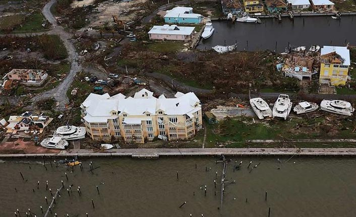 Dorian Kasırgası'nda ölenlerin sayısı artıyor