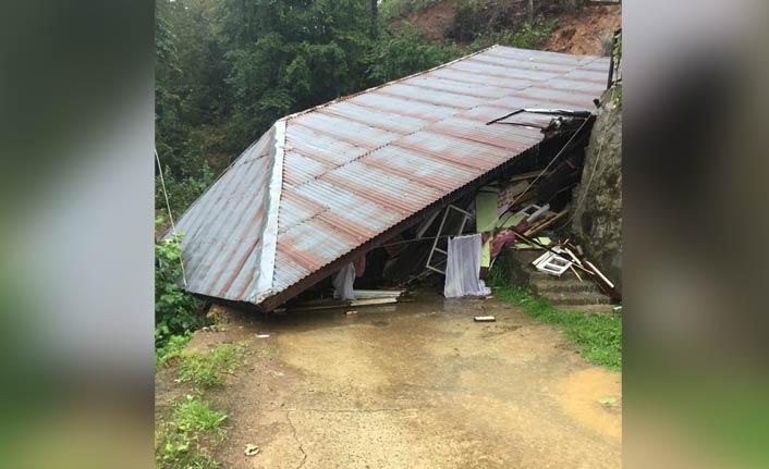 Rize'de şiddetli yağış heyelan getirdi