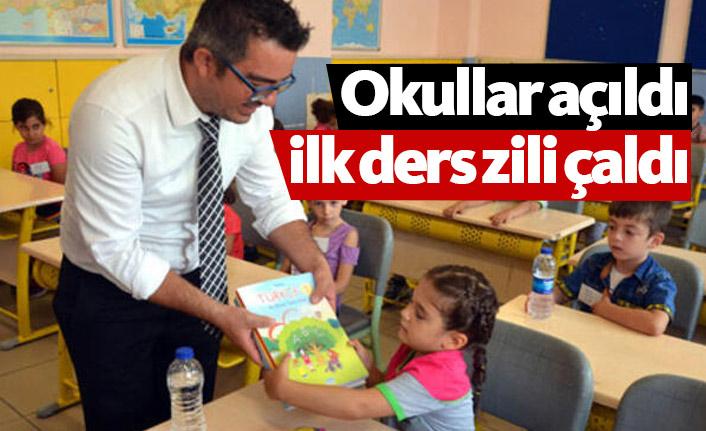 Okullar açıldı, ilk ders zili çaldı