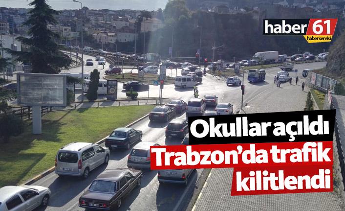 Okullar açıldı, Trabzon'da trafik kilitlendi! İşte son durum