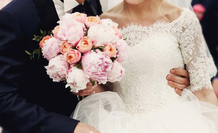 Düğün yapmayan damat yandı!