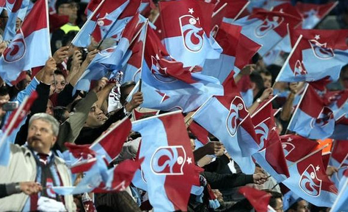 Trabzonspor taraftarı biletlere hücum etti
