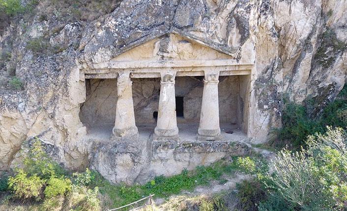 Gizli kalan tarihi mekan: Kaya Mezarlıkları