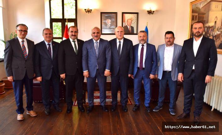 Bayburt Belediye başkanından Trabzon'a ziyaret