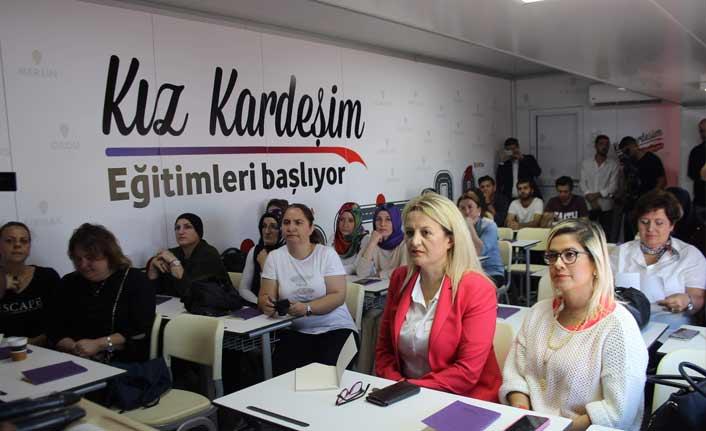 Kız Kardeşim Eğitim Tırı Trabzonlu kadınlarla buluştu