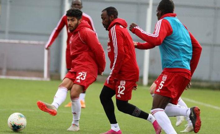 Trabzonspor'un rakibi Sivas'ta 3 eksik