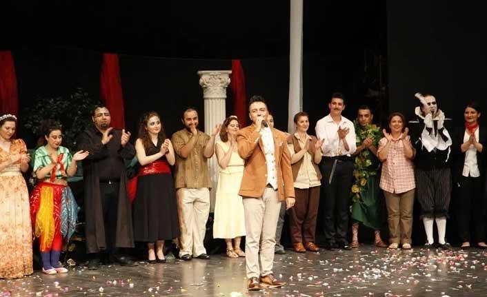 Sahne Tozu Tiyatrosu'nda tiyatrocu olmak isteyenler için son fırsat!