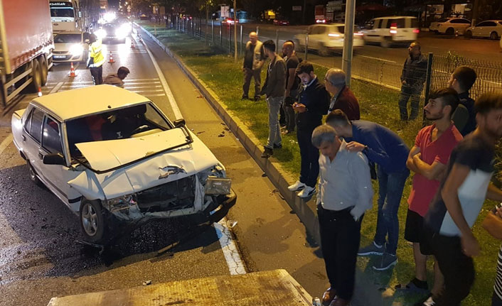 Alkollü sürücü kırmızı ışıkta duramadı araca çarptı