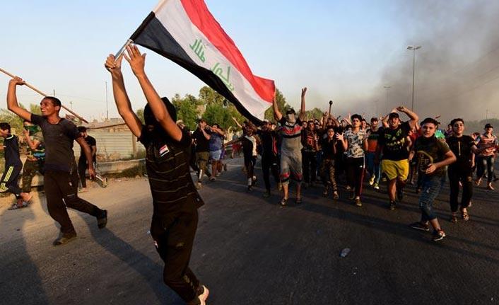 Bağdat'ta göstericilere müdahale: 1 ölü, onlarca yaralı