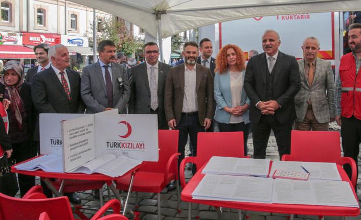 Zorluoğlu: Trabzonspor bir futbol takımından daha fazla anlam taşıyor