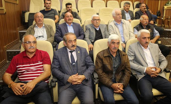 Artvin'de Köylere Hizmet Götürme Birliği Toplantısı