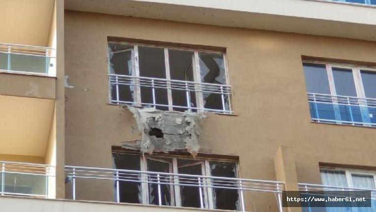 Teröristlerin roketi eve isabet etti!