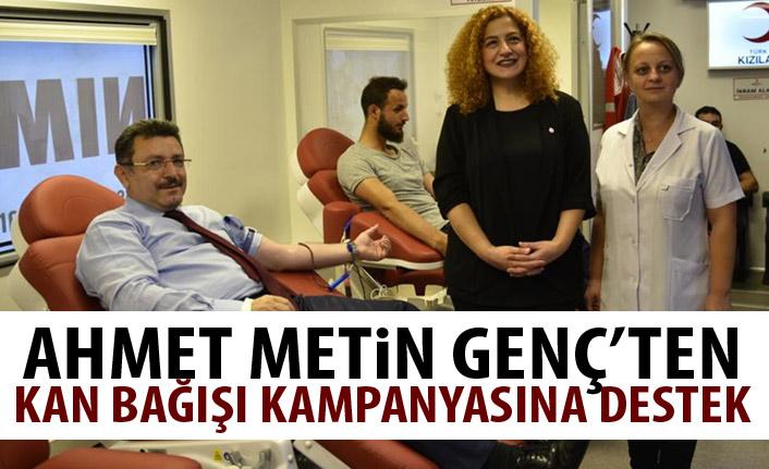 Ahmet Metin Genç'ten kan bağışı kampanyasına destek