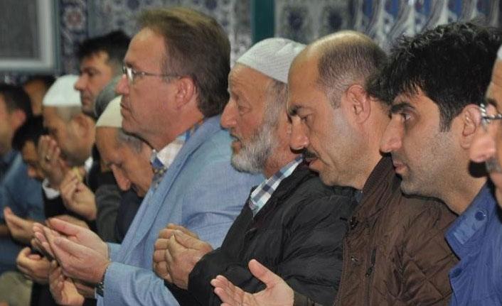 Mehmetçik için zafer duası