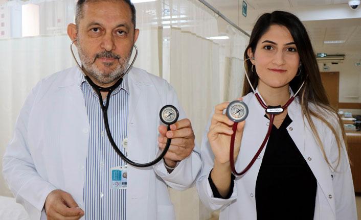 Baba kız aynı hastanede doktor