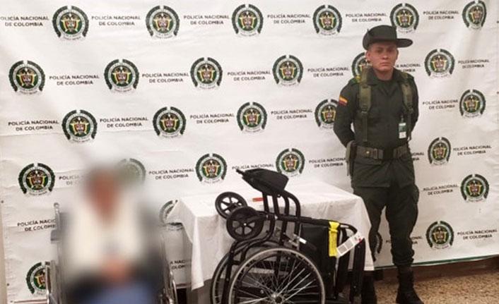 Kokaini tekerlikli sandalyesine sakladı ama kurtulamadı!