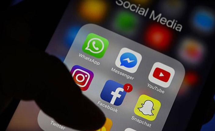 Facebook, Whatsaap ve instagram çöktü mü? Neden giriş yapılamıyor?