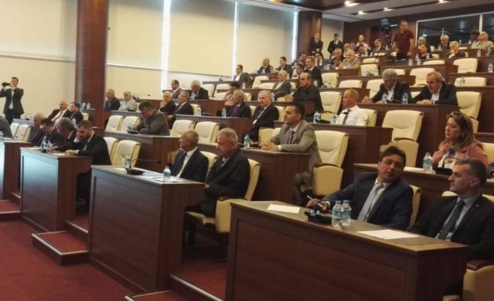Çakıroğlu önerdi, Genç destek verdi