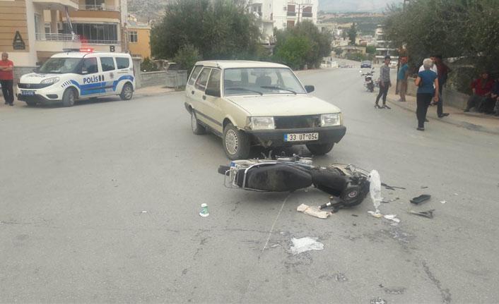 Mersin'de otomobil ile motosiklet çarpıştı