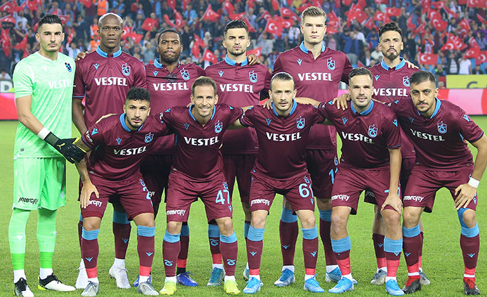Rize puan alamadı, Trabzonspor koltuğu devretti