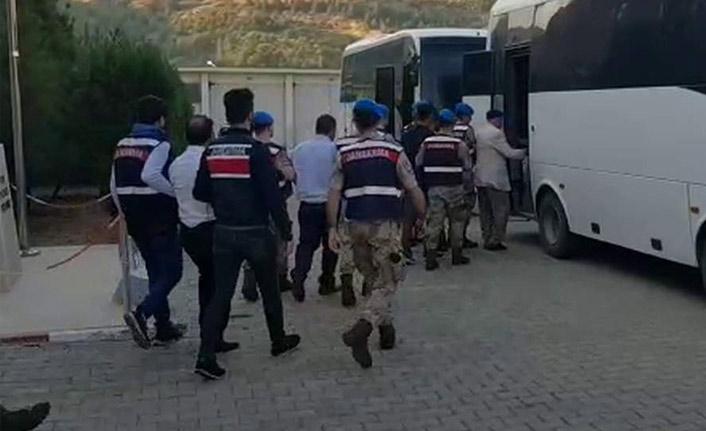 Silah kaçakçısı 10 kişi tutuklandı