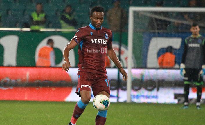 Mikel Başakşehir maçında sahada