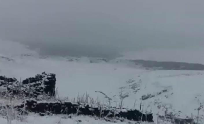 Yurda ilk kar düştü