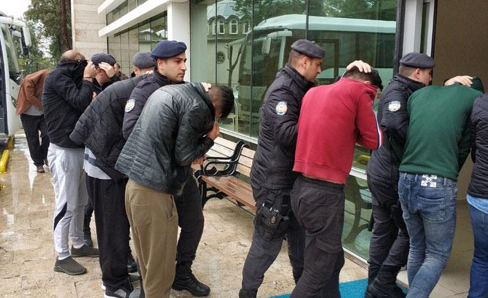 Samsun'da DEAŞ'tan 11 kişi adliyede