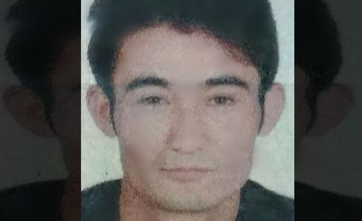 Afgan genç yatağında ölü bulundu