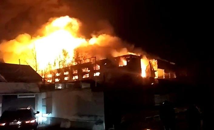 Rusya'da depoda büyük yangın