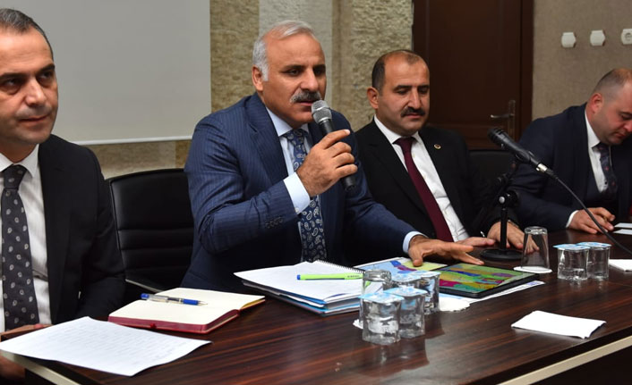 Zorluoğlu, Arsin'de konuştu: 18 ilçeye adaletli hizmet