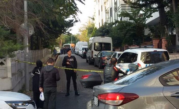 Bir evde 1'i çocuk 3 kişinin cansız bedeni bulundu