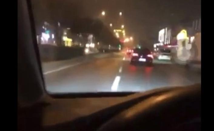 Alkollü sürücü 3 kişinin yaralandığı kazayı canlı yayınlamış