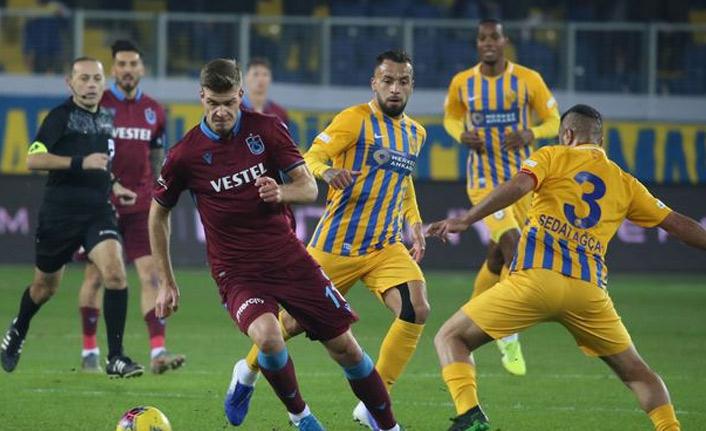 Trabzonspor bombardımana tuttu
