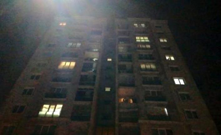 Başakşehir'de genç kız 11. kattan düştü
