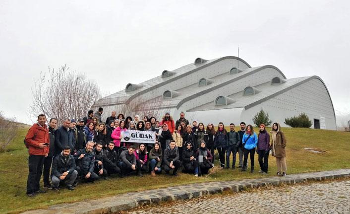 Dağcılardan Bayburt'ta doğa ve kültür dolu yürüyüş