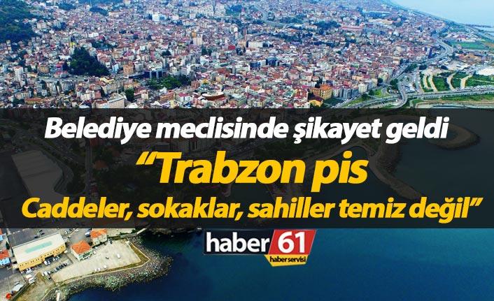 """MHPli meclis üyesi Tomaç, """"Caddeler, sokaklar, sahiller temiz değil"""""""
