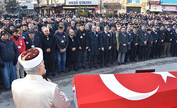 Şehit polis, son yolculuğuna uğurlandı