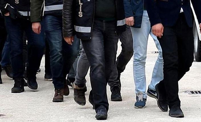 Bursa'da FETÖ'ye mahrem imam operasyonu...17 gözaltı