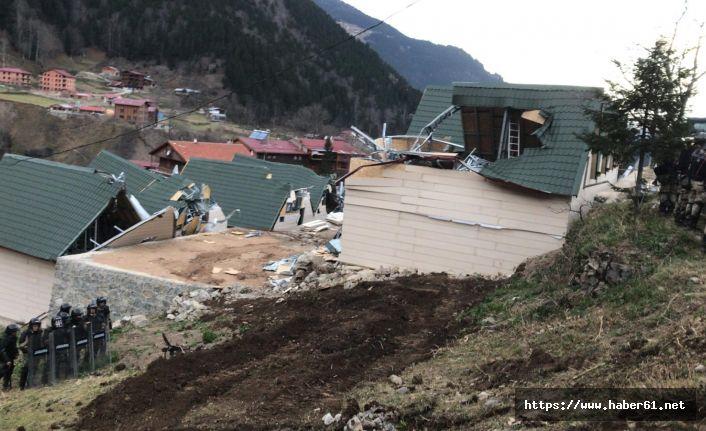 Uzungöl'de yıkımlar başladı